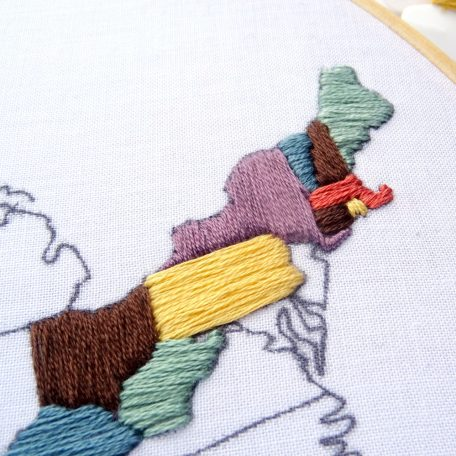 united-states-hand-embroidery-travel-map-pattern