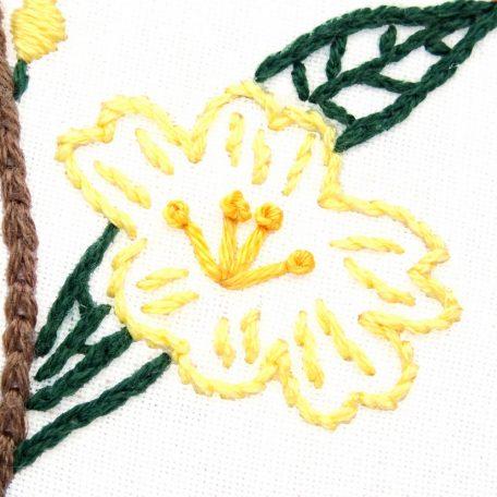 south-carolina-flower-hand-embroidery-pattern-yellow-jasmine